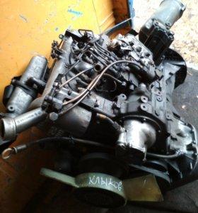 Двигатель Mercedes Benz 616 Дизельный 2,3