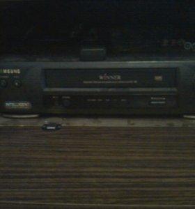 кассетный видеоплейер пишущий SVR-18B SAMSUNG