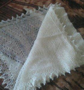 Оренбургский платок -новый.