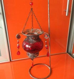 Подсвечник (красный куб)