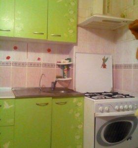 Кухонная стенка + газ.плита+ вытяжка+раковина