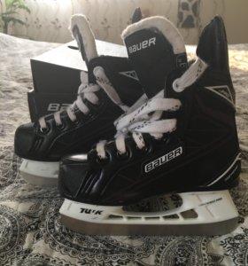 Коньки детские хоккейные Bauer supreme s pro.