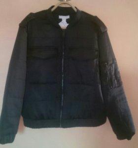 Куртка бомбер новая пр.Швеция 48 разм.( торг)