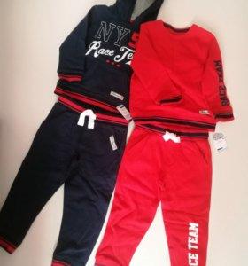 Два новых спортивных костюма Mothercare