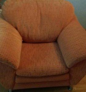 Диван и кресло. Срочно!!!