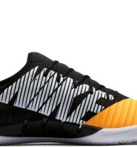 Игровая обувь для зала Nike Mercurial x finale II