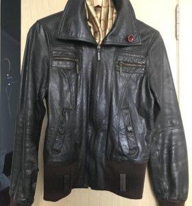 Куртка женская кожаная бу