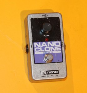 Хорус Electro-Harmonix Nano Clone