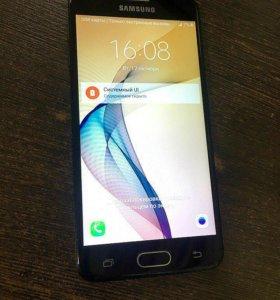 Смартфон Samsung Galaxy J5 Prime