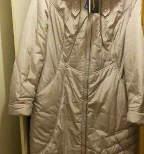 Новое демисезонное пальто, рр 54