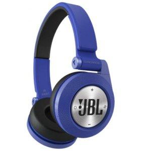 Беспроводные Наушники JBL E40BT