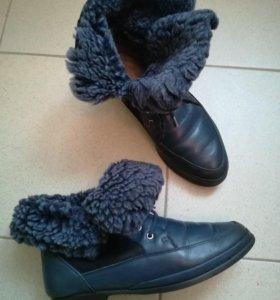 Ботинки зимние р. 39