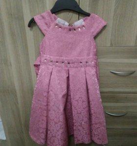 Платье на девочку 3-х лет.