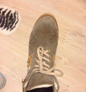 Замшевые ботиночки р36-37