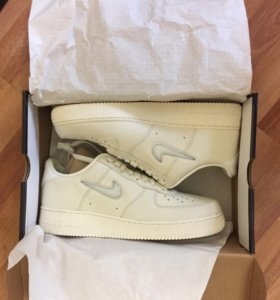 Air Force 1 RETRO PRM