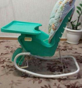 Детский стул для кормления,качели.
