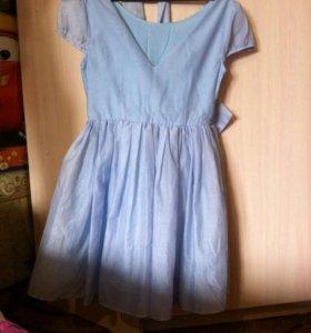 Платье с поясом бантом