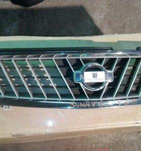 Решетка радиатора Nissan Sunny B15 2000