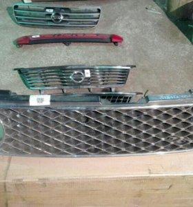 Решетка радиатора Nissan Stagea WC34 2000