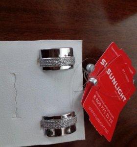Серебряные серьги и кольца