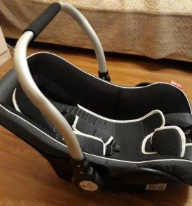 Автолюлька детское кресло