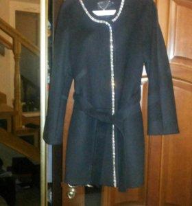 Пальто демисезон новое 48 размер