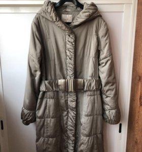 Пальто демисезонное р.50-52.