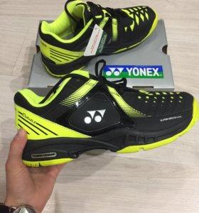 Кроссовки Yonex