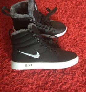 Зимние кеды кроссовки с мехом Nike
