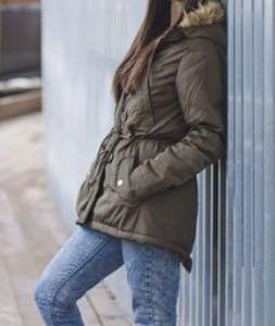 Женская куртка (парка)