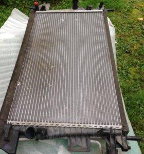 Радиатор охлаждения/кондиционера