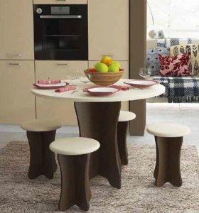 Стол и стулья кухонные (6)