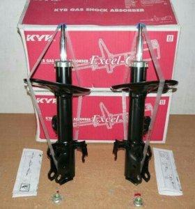 Передние амортизаторы Kayaba Toyota RAV4 2013-