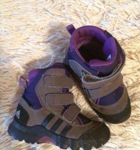 Ботинки Adidas 22 размер
