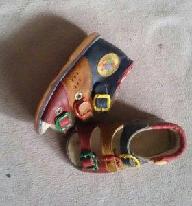 Ботиночки,сандалики 19,5-20р