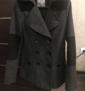 Укорочённое пальто
