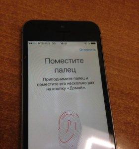Продам iPhone 5s 16gb space gray