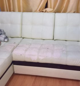 Угловой раскладной диван