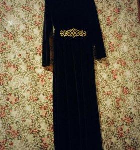 Платье национальное бархатное