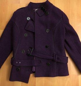 Пальто женское укороченное с ремешком