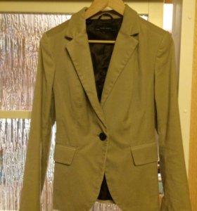 Велюровый пиджак Zara