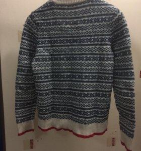Шерстяной свитер S
