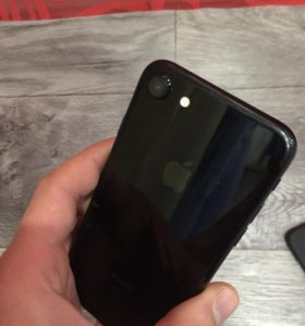 Айфон 7 128г 2 месяца