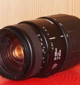 Телеобъектив Canon EF Sigma 70-300 f.4-5.6 macro