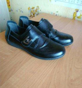 37 р женские ботинки новые