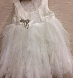 Платье на годовасие)))