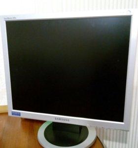 ЖК монитор
