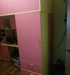 Детская мебель: кровать-чердак