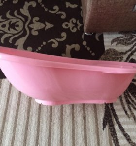 Ванночка для новорождённого ребёнка