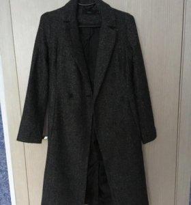 Пальто befree почти новое